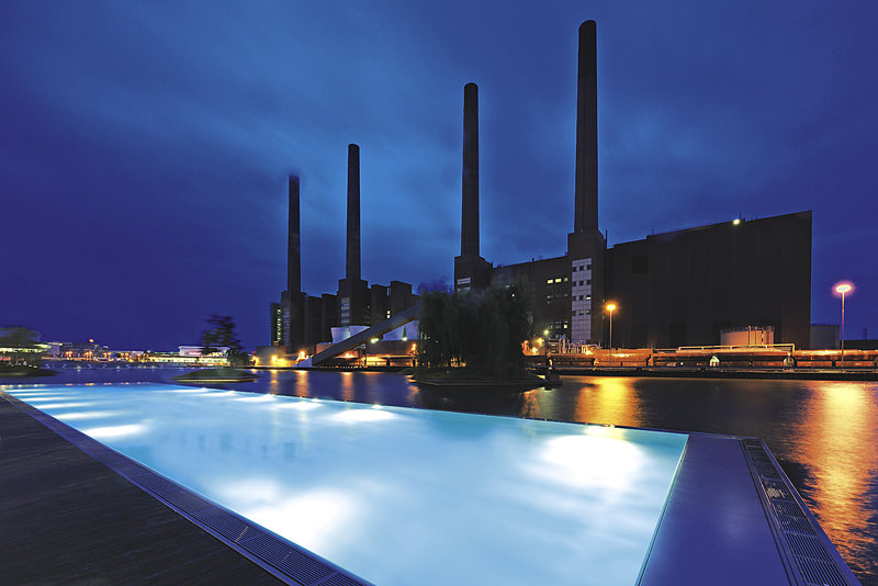 The Ritz Carlton Wolfsburg Pool