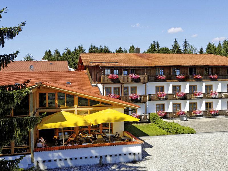 Landhotel Tannenhof Spiegelau Außenaufnahme