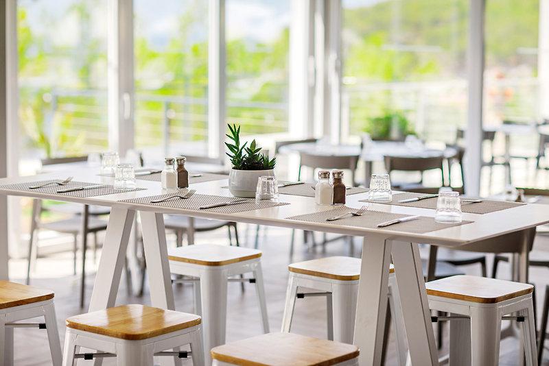Waterman Milna Resort Restaurant