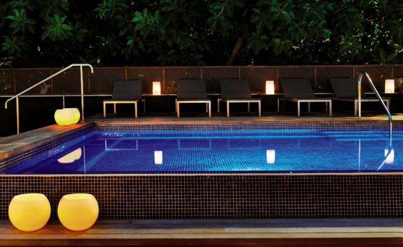 H10 Itaca Pool
