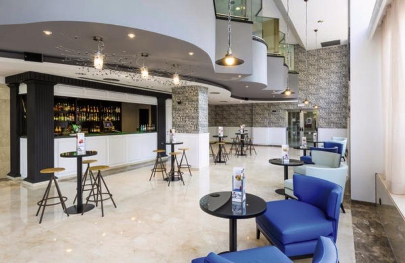 TRYP Barcelona Apolo Hotel Bar