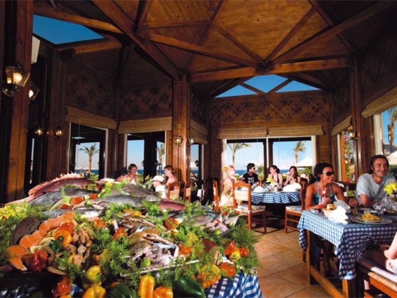 Coral Beach Resort Tiran Restaurant