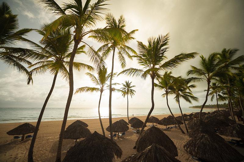 z.B. 13 Tage AI & Flug Dom. Republik - Osten (Punta Cana)